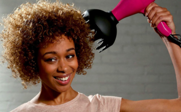 Using a Diffuser in a Way It Doesn't Ruin Your Curls